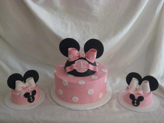 Twin Minnie Birthday Cake