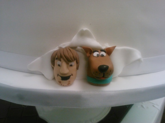 Scooby and Shaggy wedding cake