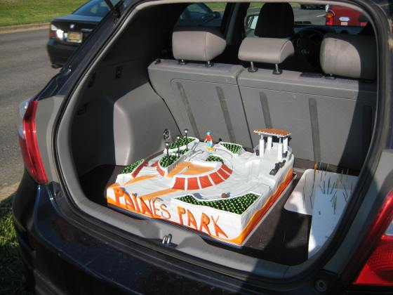 Paines Park Cake, Finished in the Car