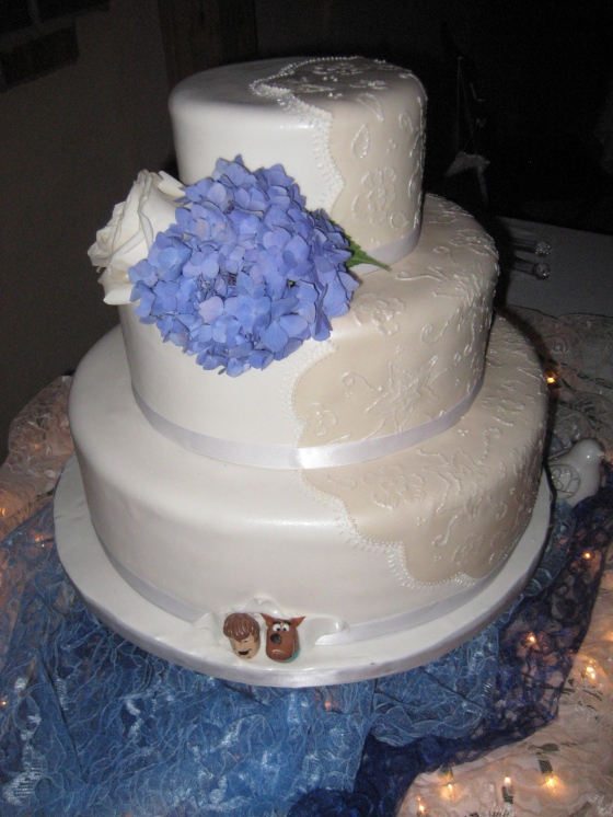 Embroidery wedding cake 2